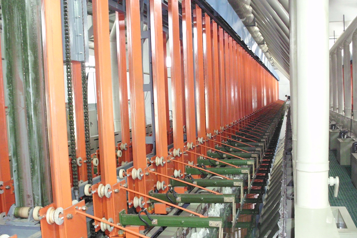 Automatic-Vertical-Lifting-Plating-Line